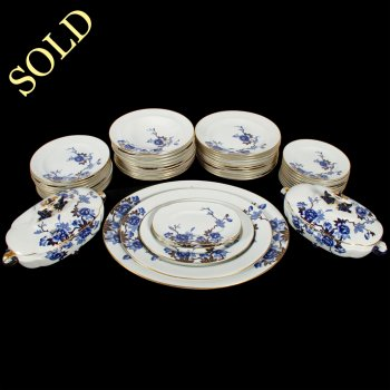 47 Piece Royal Worcester Dinner Service